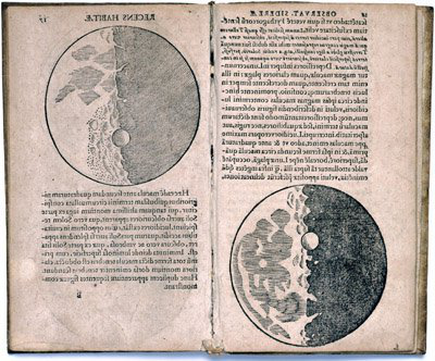Pages from Galileo's 星际信使 featur在g detailed illustrations of the Moon